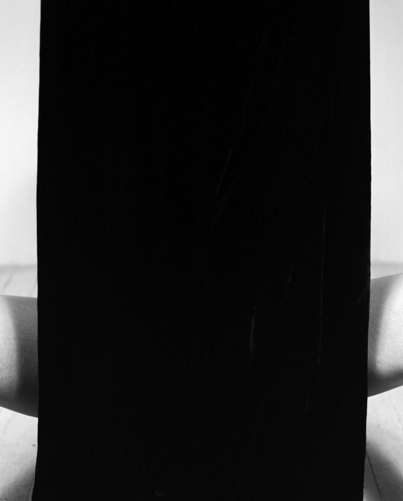 legs/velvet